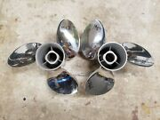 New Pair 14 3/4 X 19p Evinrude Johnson Viper Ss Props, Tbx, 1982 And 1983