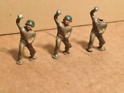 """Vintage Barclay Manoil Lead,2 3/4"""",foot Pod Toy Soldiers Set Of 3, Grenade Throw"""