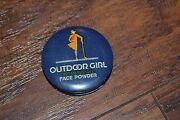 B12- Vintage Outdoor Girl The Olive Oil Face Powder Tin