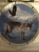 Bradford Exchange Masters Of The Land And Sky Noble Bond Plate Wolf Eagle Plate