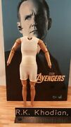 Hot Toys Mms189 Avengers 1/6 Agent Phil Coulson Action Figureand039s Body Only