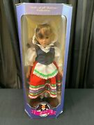 New In Box Dolls Of All Nations 12 Tall 1995 Italy