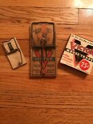 Lot Vintage Victor Mouse Traps 1955. New Old Stock Plus Victor Rat Trap - 🐭🐹