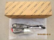 Fits 98 - 02 Toyota Land Cruiser 4d Suv Antenna With Holder Oem Brand New