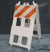 X2 Universal Plastic Barricades Type 1 With Battery-operated Barricade Lights