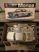 1967 Amt Corvair Monza Hardtop Model Car Kit Scale 1/25 5727-170, New-nice
