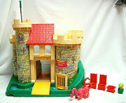 Fisher Price Little People Play Family Castle 993 With Dragon 1974 M4498