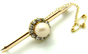 Antique 18ct 18carat Gold Brooch Set With A Large Pearl And 12 Diamonds