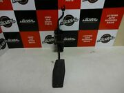 Opel Vauxhall Astra 1.8p 98 Lhd / Accelerator Gas Pedal / 90571745