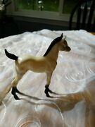 Hartland Horse White With And Socks 6.5 For 5 Cowboys / Cowgirls