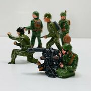 Vintage Lot Of 5 World War 2 American Infantry Lead Toy Soldiers