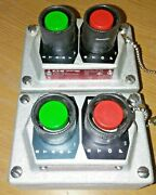 Eaton Crouse-hinds Series Eds225 Explosionproof Pushbutton Switch 600v Max