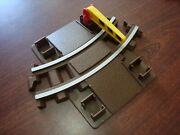Lincoln Logs 6 Curved Railroad Train Track Piece With Building Supports