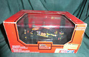 Diorama Racing Champions Ford Thunderbird 1/43 6 Personnages Nascar 1993