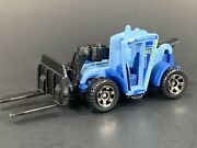 Construction Zoom Boom Telehandler Forklift 164 Scale Diorama Model Collecta