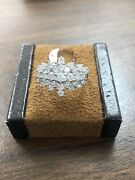 Gorgeous 10kt 417 Yellow Gold 2 1/2 Ctw Natural Diamond Flower Ring