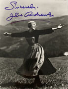 8 X 10 Julie Andrews Signed Photo Coa The Sound Of Music Autograph