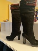Brand New Uggs Over Knee Ophira Boots Size 10.