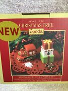 Spode Christmas Tree Salt And Pepper Set Train And Gifts Brand New