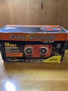 Black And Decker 18v Firestorm Cordless Radio / Battery Charger W Ac Adapter Rare