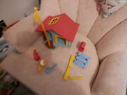 Vintage 1976 Hasbro Walt Disney Mickey Mouse Weebles Clubhouse