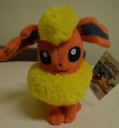 Tomy Plush 9 Inch Standing Flareon Pokemon Xy Evolutions New With Tags