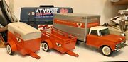 Vintage Nylint Ford U Haul Box Truck Coil Spring Suspension And Two Trailers