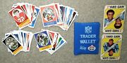 Vtg 1972 Sunoco Nfl Trader Wallet W/128 Football Stamps And Bonus Gale Sayers Card