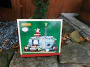 Christmas Village Mobile Home Trailer Lemax Home Sweet Home Canine Lights New