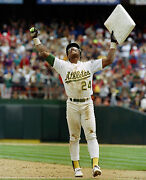 Rickey Henderson Breaks The All Time Stolen Base Record Oakland Aand039s 8x10 Photo