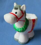Fisher Price Little People Holiday Christmas Horse For Carriage Tree Lighting