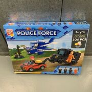 Block Tech 306 Pieces Police Force Thief Policeman With 4 Figurines