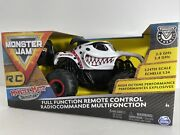 Monster Jam Monster Mutt Dalmatian 124 Scale 2.4 Ghz R/c Truck Remote Control