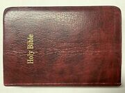 1972 Holy Bible Red Letter Dictionary Concordance King James Version Nelson 261