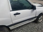 2001 Chevy Tracker Passenger Right Front Door Assembly Manual 2 Door White