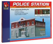 N Scale Walthers Life-like 433-7481 5th Precinct Police Station Kit