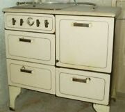 Old Gas Stove,