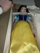 Vintage The Disney Collection Snow White Collector's Doll W/ Stand Orig Box 1987