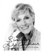 Julie Andrews Signed Authentic Autographed 8x10 B/w Photo Beckett Y75271