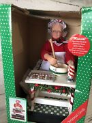 Animated Musical Mrs. Claus Making Cookies Holiday Scene 1992 Lights Baking Noel