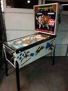 Hokus Pokus Pinball Machine - By Bally