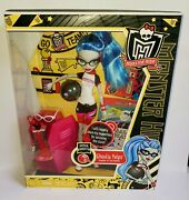 Monster High 2011 Series 11 Doll Set Ghoulia Yelps Physical Deaducation New Htf