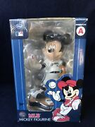 Milwaukee Brewers 2011 Mlb Mickey Mouse Statue Figurine Disney Not A Bobblehead