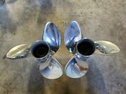 Pair Of 14 1/2 X 19p Evinrude Johnson Rx3 Ss Propellers, V4 Tbx, P5300 P5301