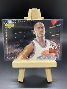 1996-97 Upper Deck Space Jam Sneak Peeks A Scary Stare From Air 56