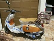 Tao Tao Gy6 2014 150cc Moped Scooter It Runs Could Be Used For Parts Pick Up