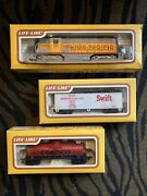 3 New Vintage Ho Scale Life Like Union Pacific, Swift, And Conoco Trains
