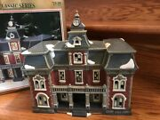 Dickens Collectables Classic Series Porcelain Lighted Clock House/bldg 429-2082
