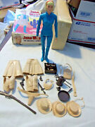 Vintage Jane West 1966 Johnny West Many Accessories Box Great Condition Lot