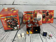 Lego Minecraft Micro World Andndash The Nether 21106 Pre-owned Complete 100